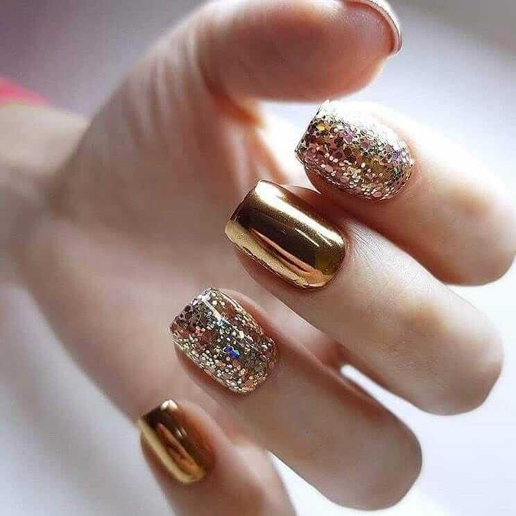 Glittery Gold Metallic Nail Art Designs