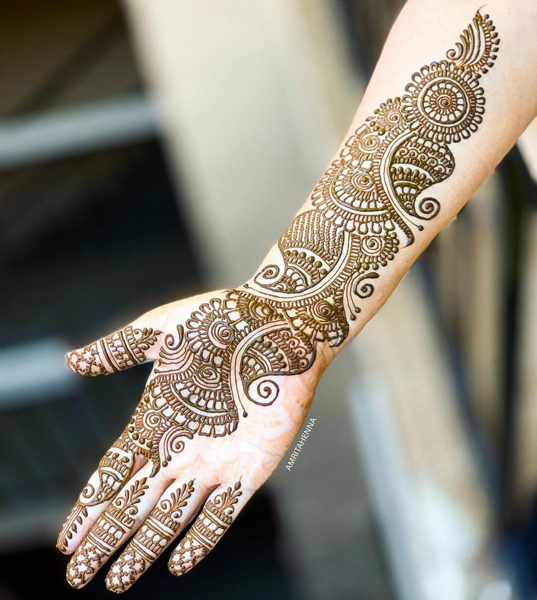 Sunflower Look Stylish Arabic Henna Mehndi Design For Hands