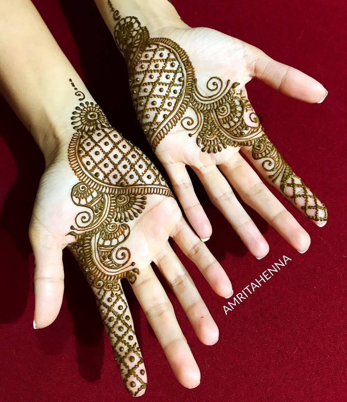 Net With Dots Stylish Arabic Henna Mehndi Design For Hands