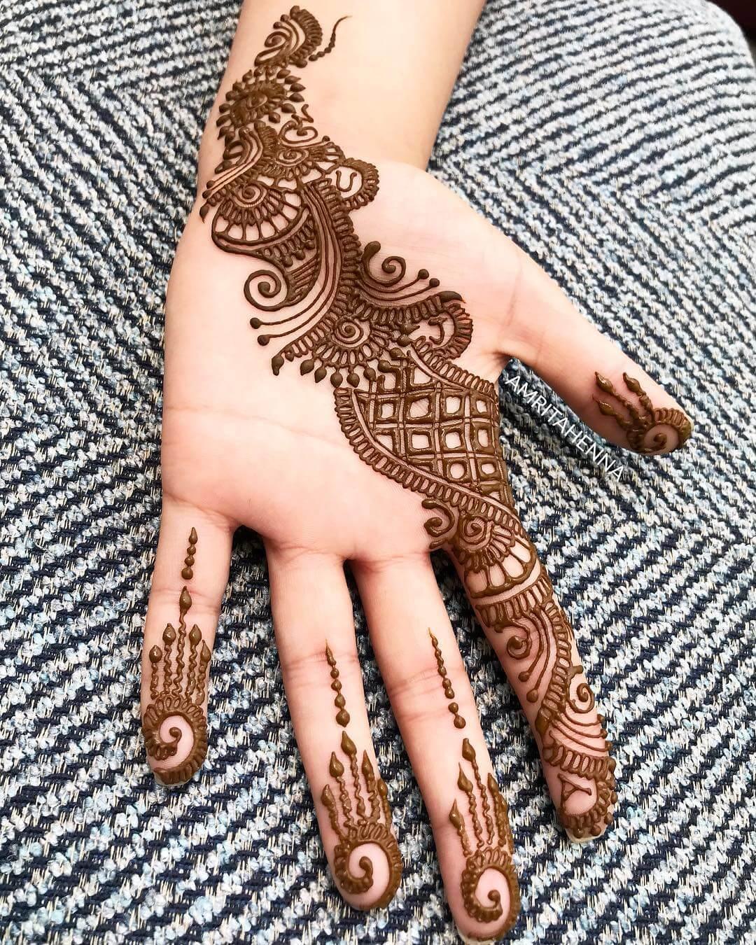 Glossy Stylish Arabic Henna Mehndi Design For Hands