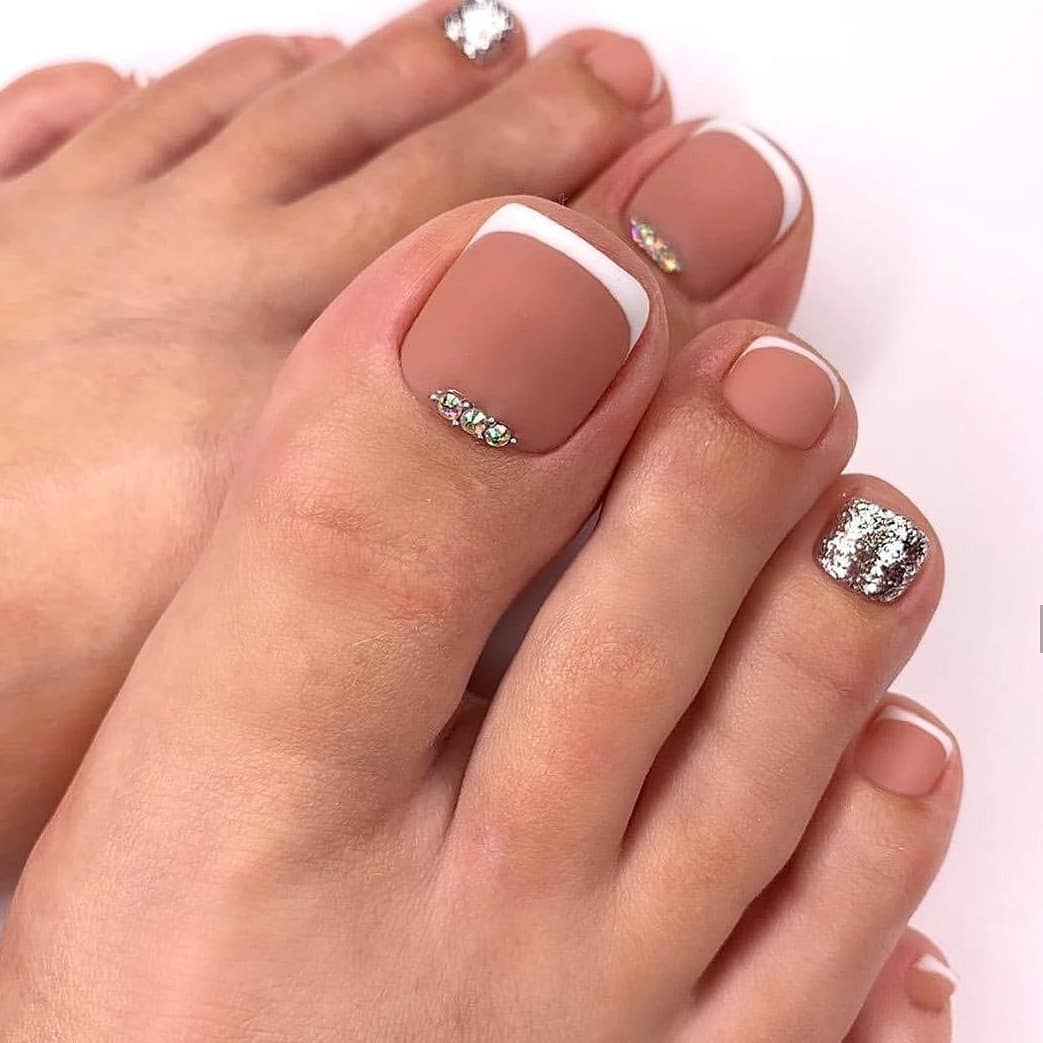 Silver and Nude Matte Toe Nail Art Designs