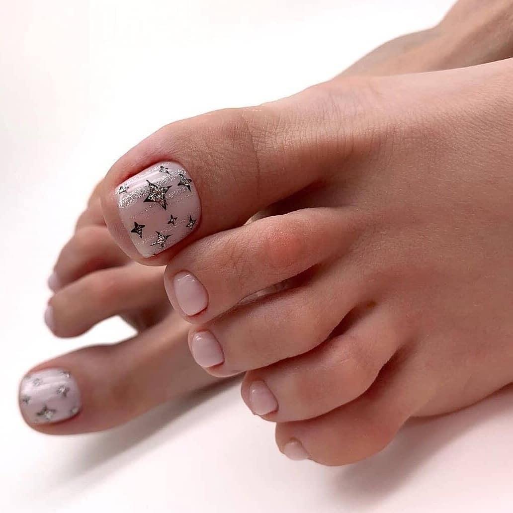 Nude Starry polish Toe Nail Art Designs