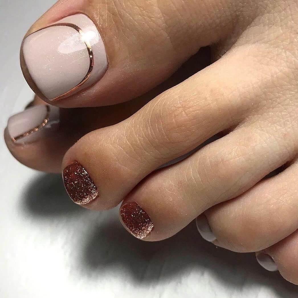 Classy Nude And Glitter Toe Nail Art Designs