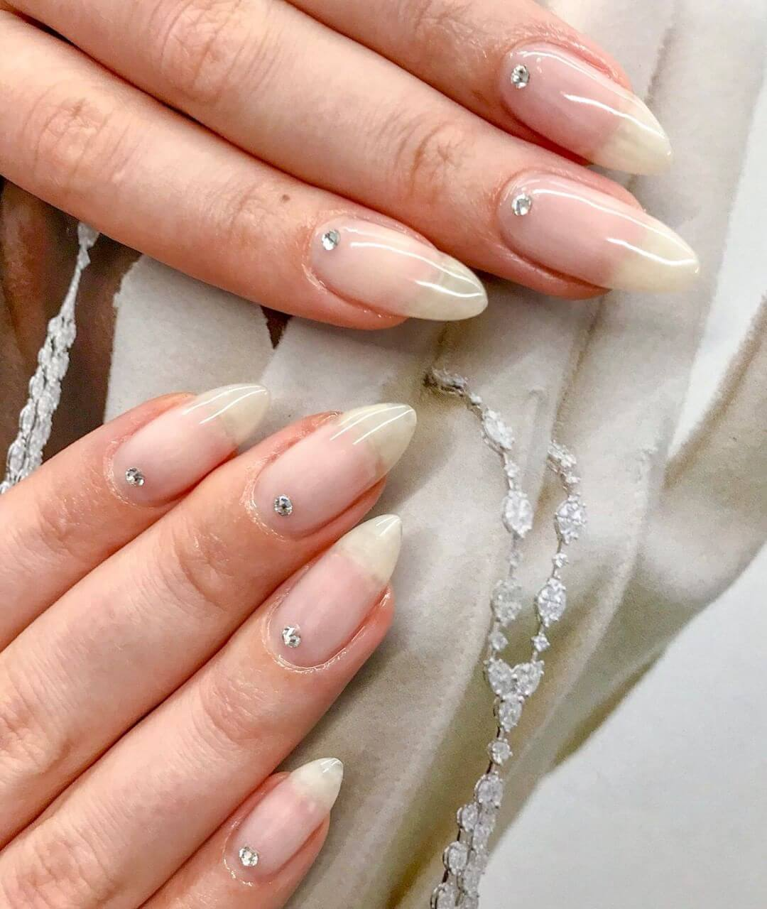 Glossy Wedding Nail Art Designs