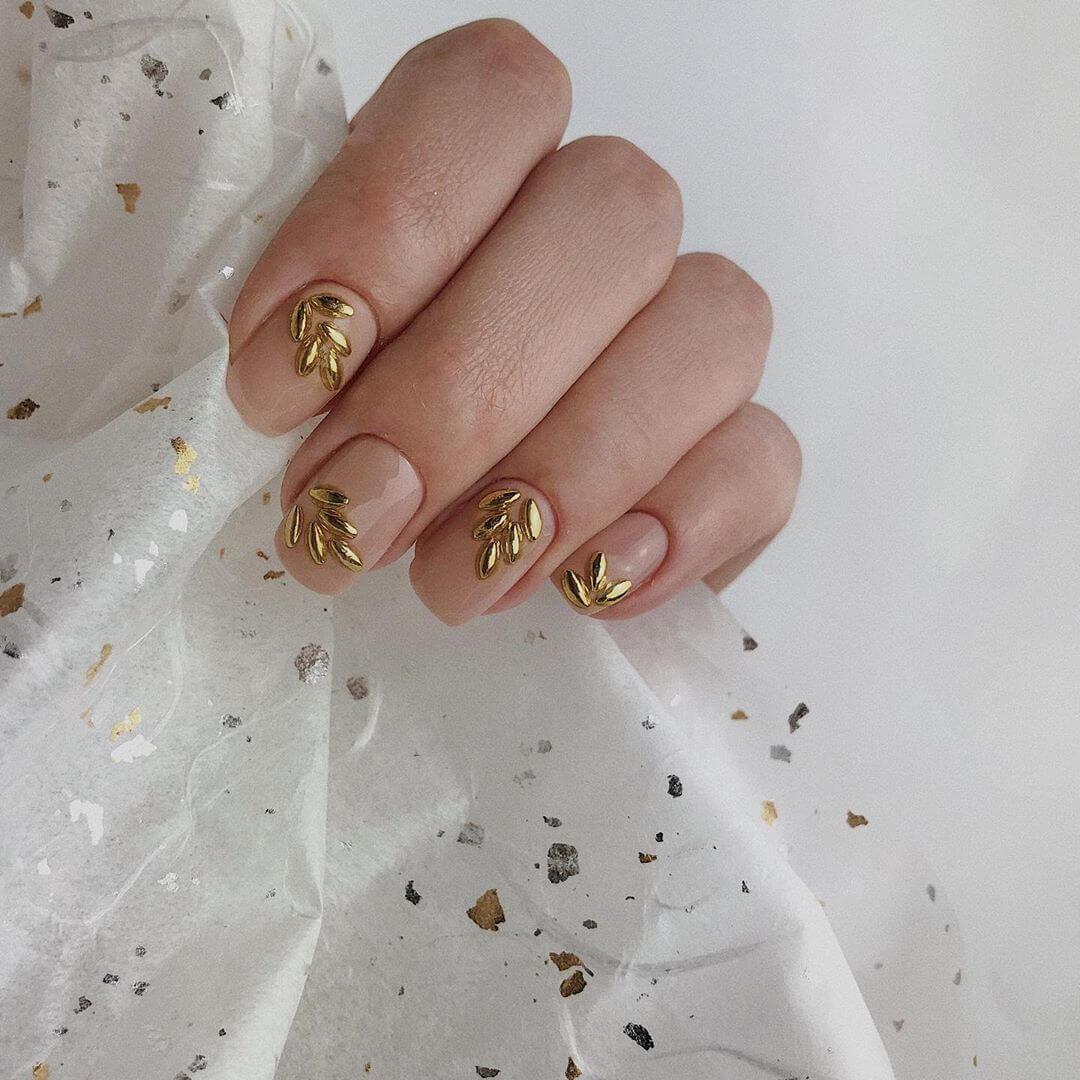 Golden Royal stone petal Wedding Nail Art Designs