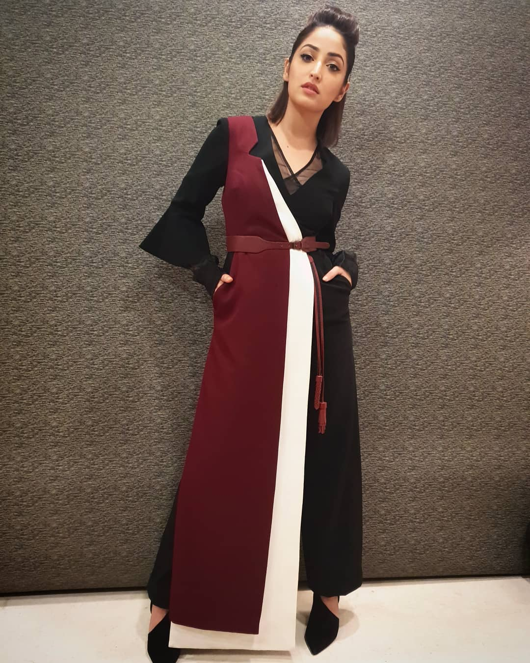 Yami Gautam Jumpsuit sleek belted outfit Belted Outfit Ideas