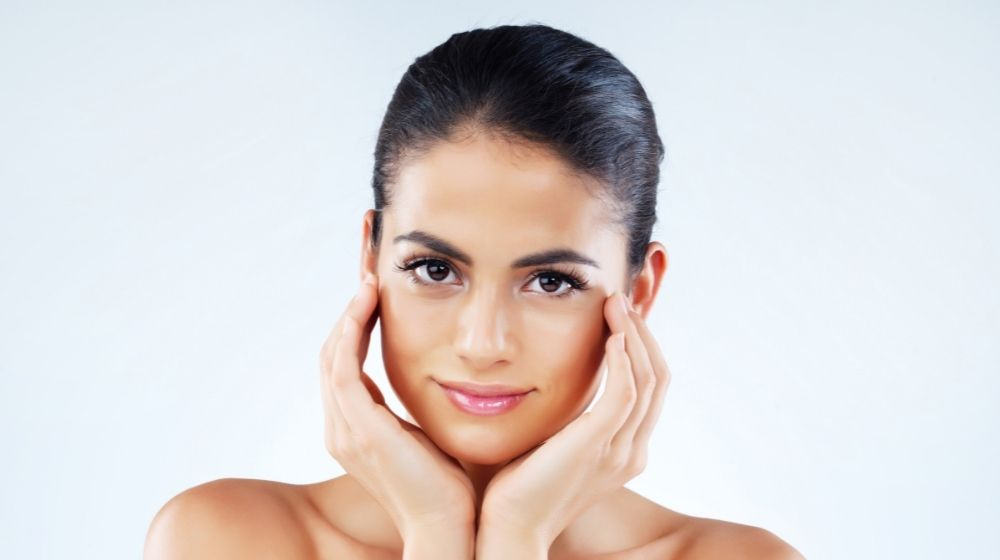 Checkout the facial exercise for glowing skin to always look fresh and energetic. Breathing, pout, smile and cardio exercises can be done for glowing face. You should be avoid the chemical treatment for glowing skin. You can also ask to your doctor for herbal ingredients and exercises for glowing skin.