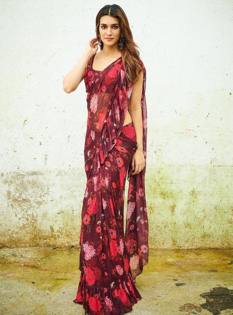 Kriti Sanon Beautiful floral printed saree with ruffles