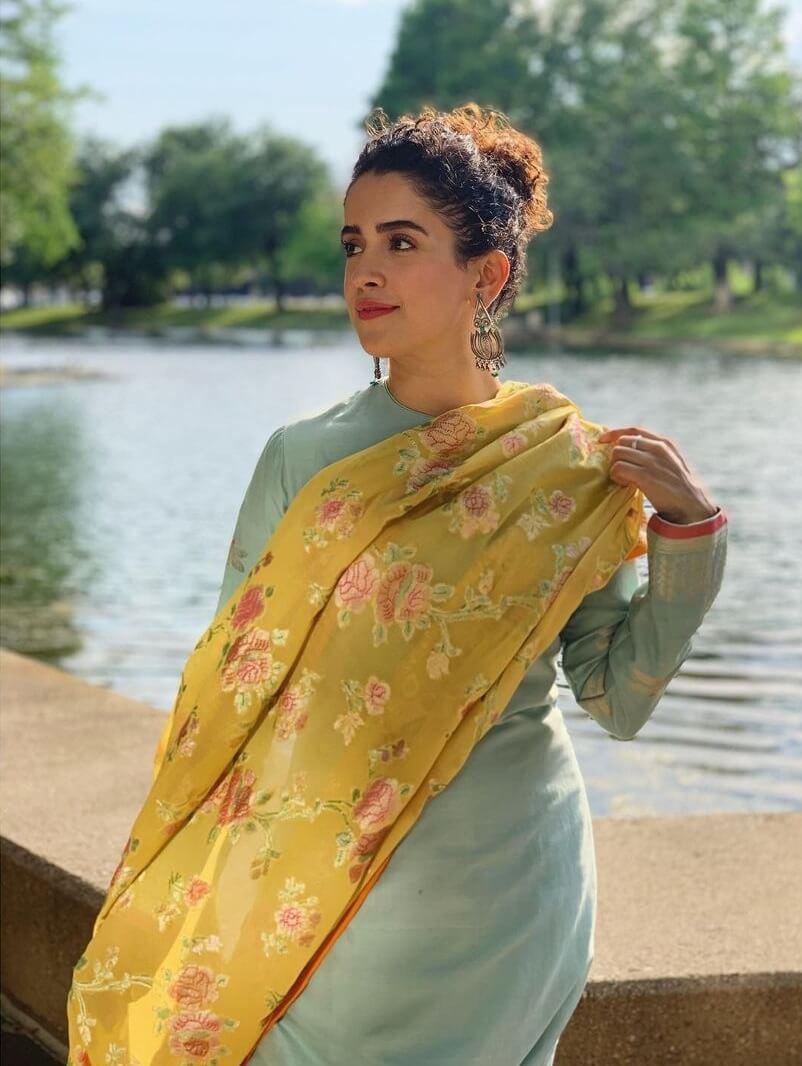 Sanya Malhotra Beautiful Floral Print Designer Dupatta