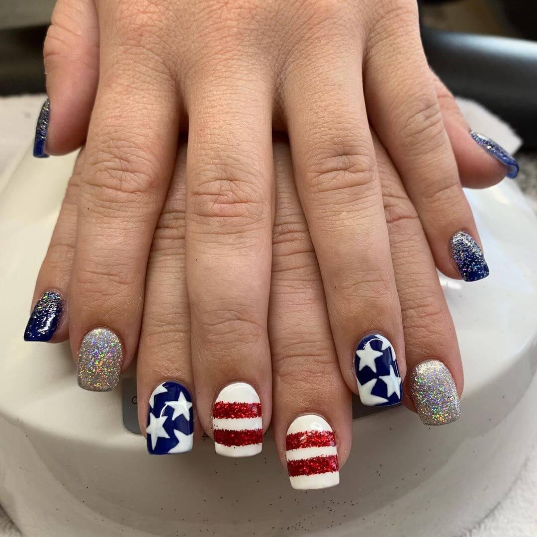 4th Of July Nail Art Designs Aesthetic Nail Art To Shine Bold