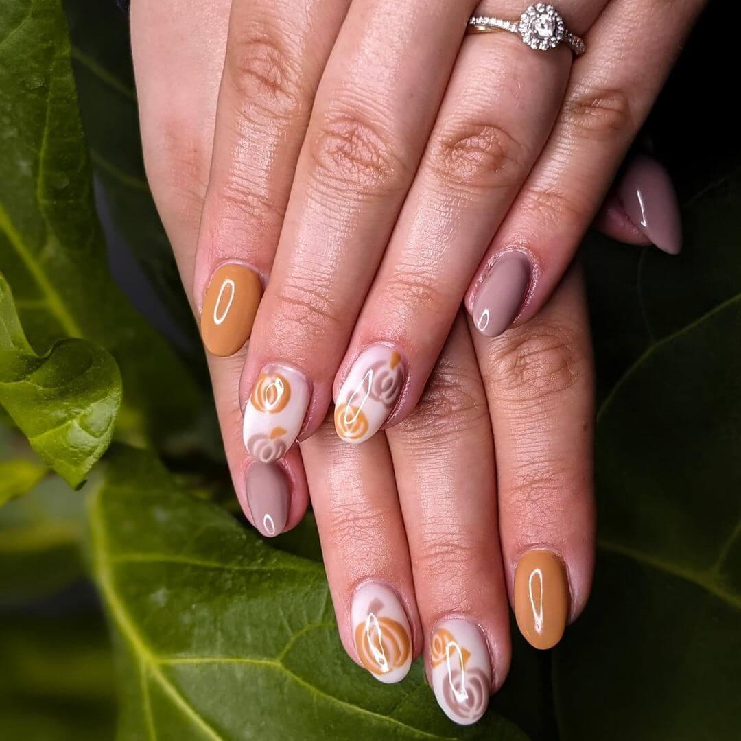Gel Nail Art Halloween Nails