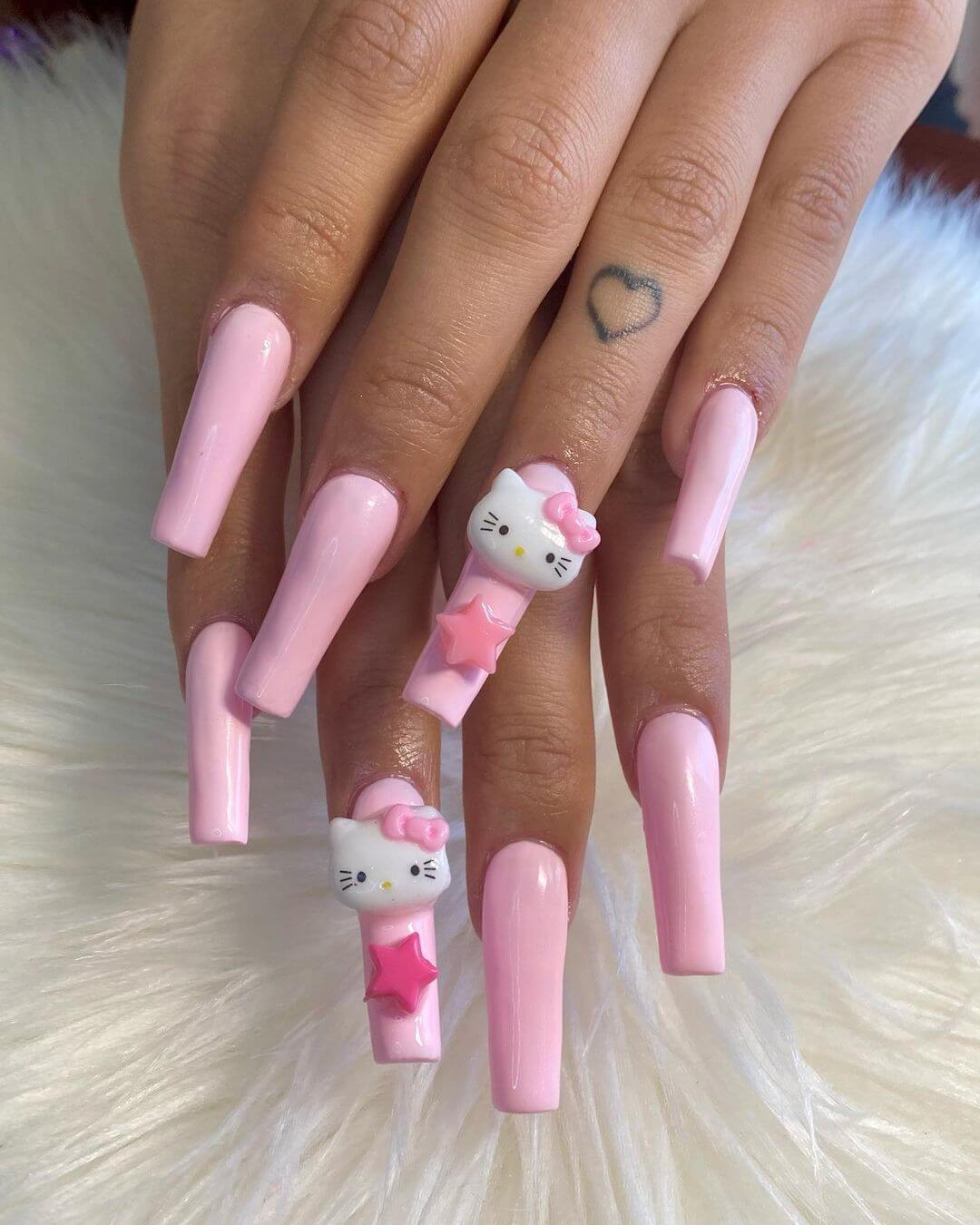 Another simple Hello Kitty design in pink